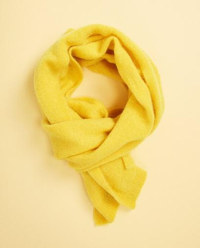 Kanariegele sjaal